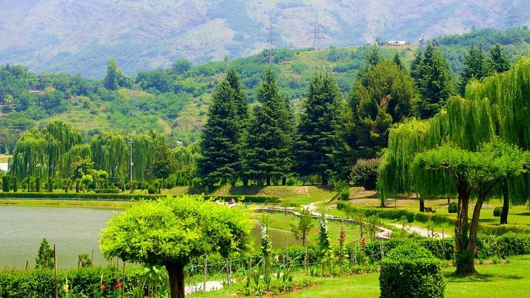 Cheapest Tour Packages For Kashmir, Cheap kashmir Holiday packages